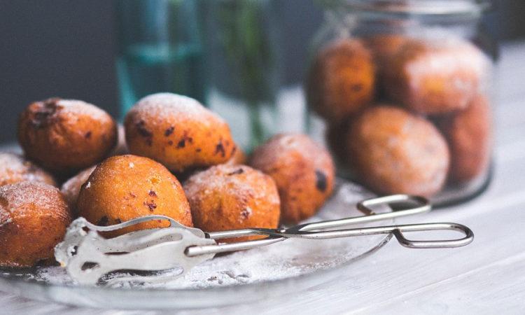 Творожные шарики - вкусный творожный десерт из творожного теста, мягкий и нежный