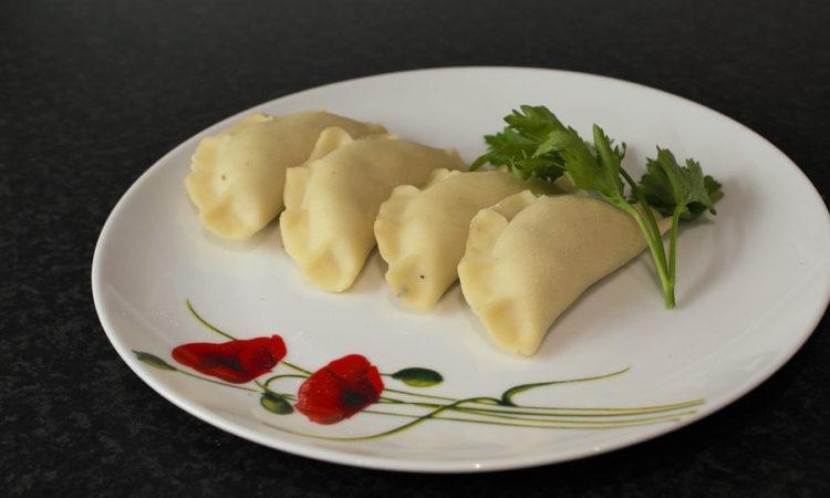 Уральские пельмени - пельмени с оригинальным вкусом, объединяющие за столом семью