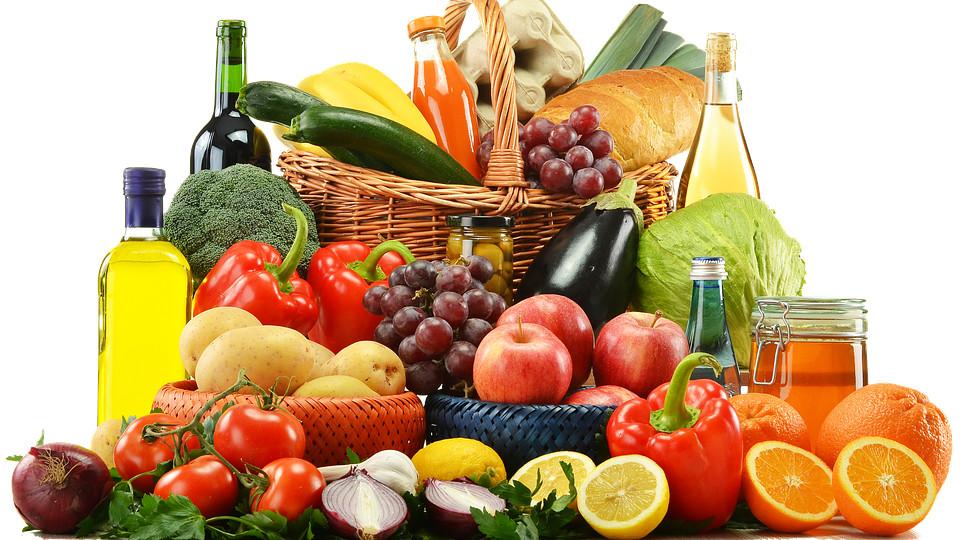 Для того, чтоб сохранить свое здоровье для питания нужно выбирать правильные продукты
