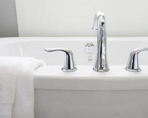 Уборка в ваной и туалете - нужны определенные знания и навыки по уборке- советы можно узнать здесь