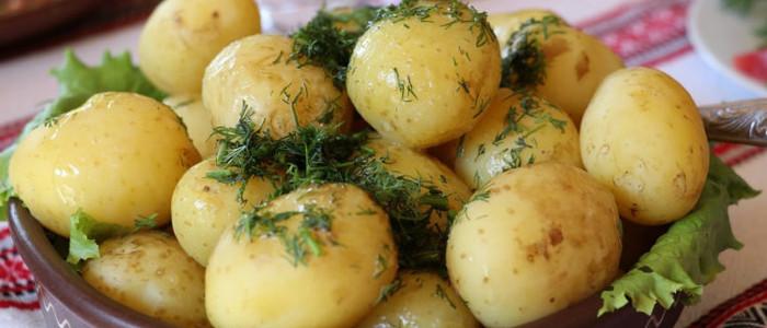 Картофель - отварной картофель желанное, вкусное блюдо блюдо