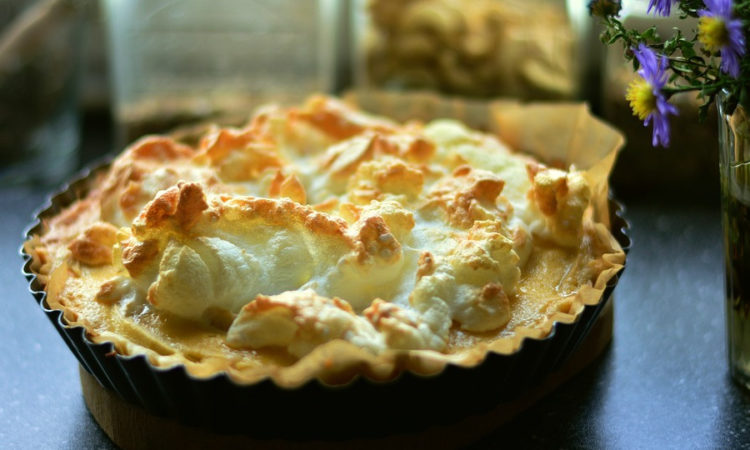 Яблочный пай - яблочный пирог - вкусный пирог из песочного теста с безе