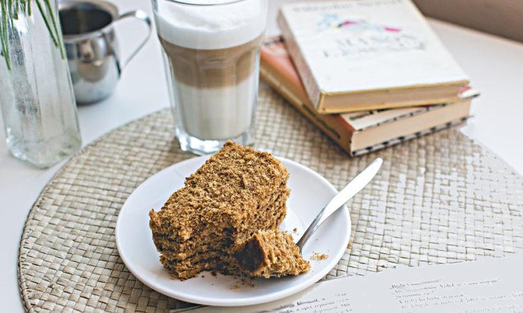 """Медовый торт """"Рыжик"""" или """"Медовик"""" - готовится из заварного медового теста"""