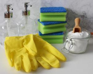 Уборка помещений производится с помощью средств для уборки