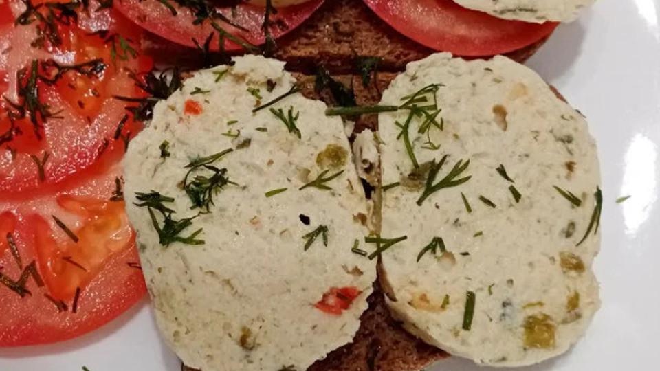 Бутерброд с домашней колбасой
